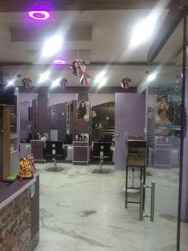 unisex salon for in prime location in kumaraswamy layout