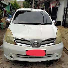Nissan grand Livina 1.5 XV  2011 a/t