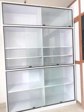 Counter/Display cabinet for sale