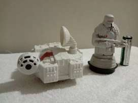 STARWARS Collectable toys availabe for sale.