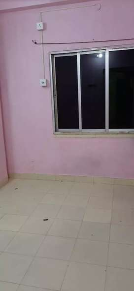 2Bhk flat available for rent in Tollygunge.
