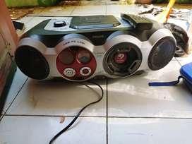 Midi Compo Philips Az 2558 CD player,radio,Aux normal,usb belum coba