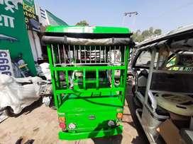 Yatri e rickshaw