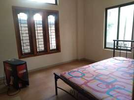 2 Rcc room available for rent at Wireless