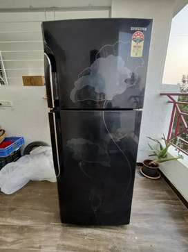 Samsung 255 liter 5 Star fridge