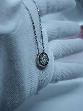 Kalung wanita silver circle cube with diamond core