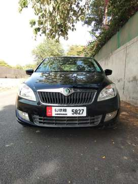 Skoda Rapid Ambition 1.6 MPI MT, 2013, Diesel