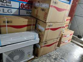 BOX PACK HITTACHI 1.5 TON SPLIT AC ONLY RS 28000