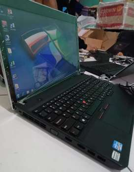 Lenovo Thinkpad E530 free core i5 ram 4gb HDD 320gb camera dvd 15inc