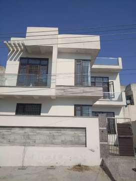 SOUTH FACING 4 BHK NEAR KOOKI DHAB CHOWNK JALANDHAR
