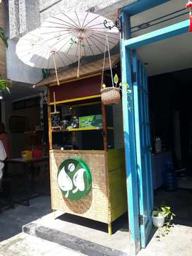 Rombong kontainer booth