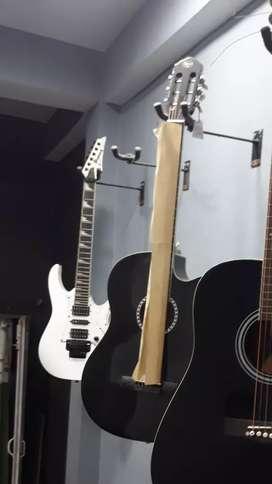 Electronic Guitar IBANEZ
