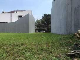 Kavling hijau pemandangan luas hadap  taman di Puspita loka BSD