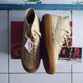 Sepatu Compass Gazelle Hi Cappucino-43