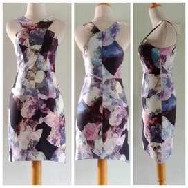 Preloved Dress Love Bonito _Spandek Strecth Floral Size Xs