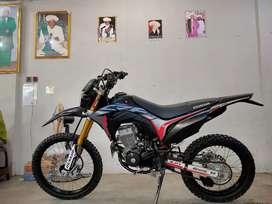 Honda CRF 150 Trail Hitam