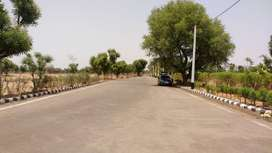 1200 FT Road Plots Best Investment