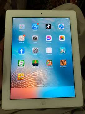 Apple I pad 2,16GB with along original charger