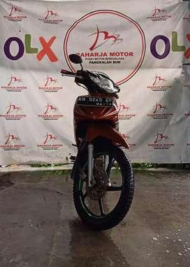 Motor revo 2009 merah