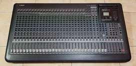 Mixer yamaha MGP32x like new