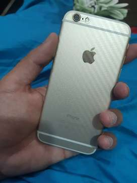 iPhone 6 9.5/10 Gold Colour