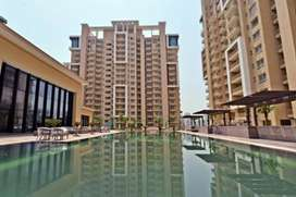 3BHK AND SERVANT  READY TO MOVE IN FLAT ON NH 8 GURGAON