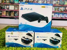 Ps4 500gb with one controller and warranty normal console
