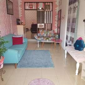 Dijual rumah tinggal + furniture