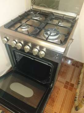Cooking gas burners  and oven