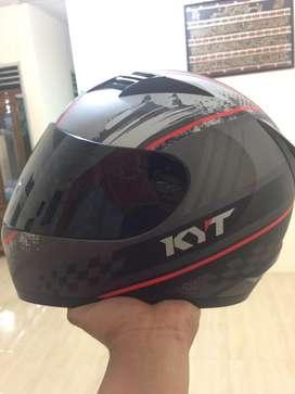 kyt r 10-black edition