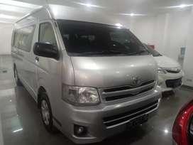 Toyota HiAce commuter 2.5 Disel plat DA