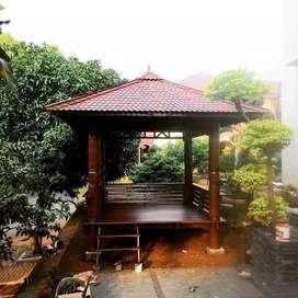 Saung gazebo kayu kelapa ukuran 2x2m ready stok free ongkir dan pasang