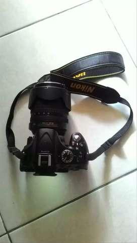 NIKON D5200 lens Nikkor 18-105 VR 3.5 ada 2 batrai + 1 adaptor Wifi