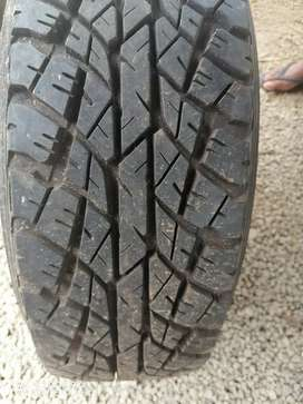 MAHINDRA JEEP RADIAL  TYRES  WITH ALLOYS  FOR SALE
