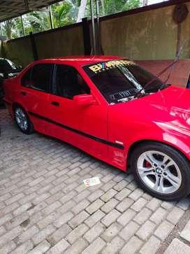 BMW 323i th 1998