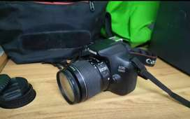 Canon camera 13000 D two lines