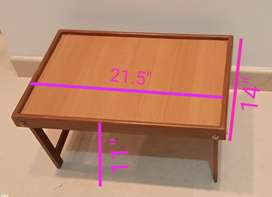 Floding bed table