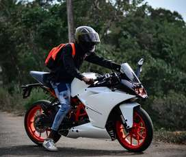 Ktm rc 200 scratch less A1 bike