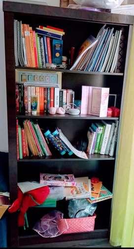 5shelved book shelf
