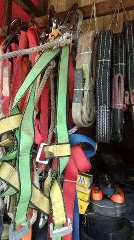 Body harness double hook