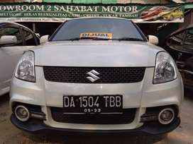 Suzuki swift tahun 2011 manual putih