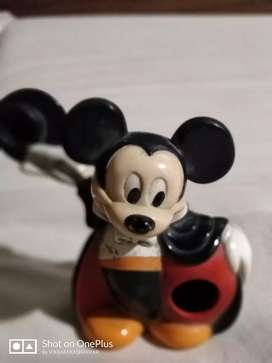 Micky mouse chewing gum toy