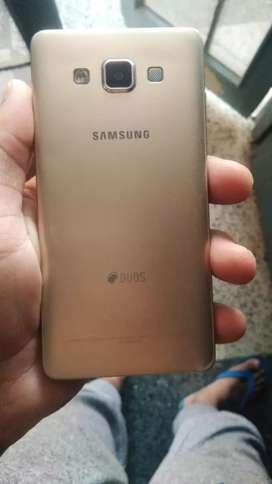 Samsung galaxy A5 in good condition