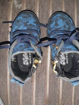 Blue camouflage shoes