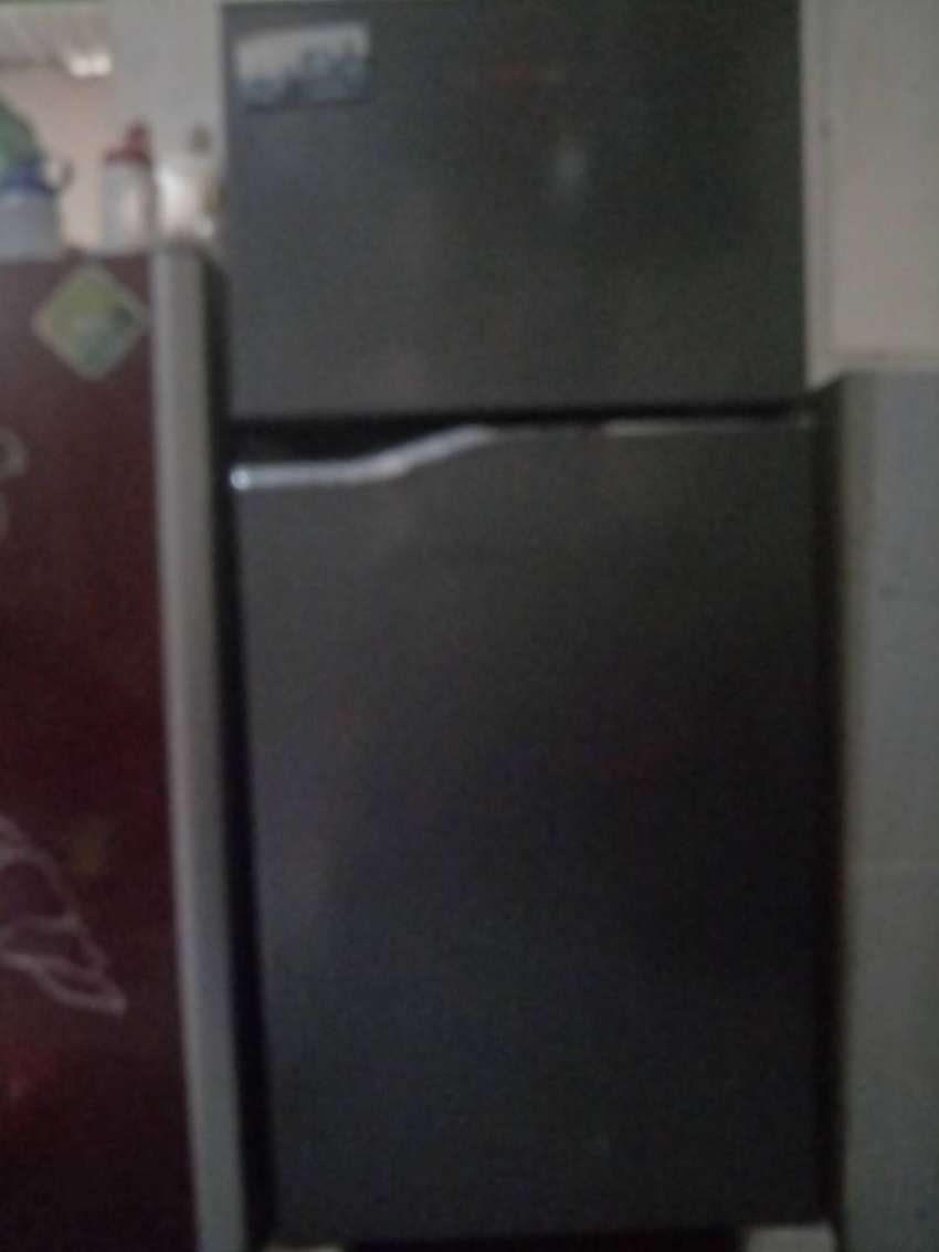 Kulkas panasonic 2 pintu 0