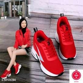 Sepatu skets wanita terbaru dan murah