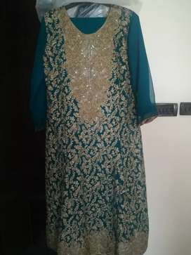 Preloved dresses for ladies in a very good condition