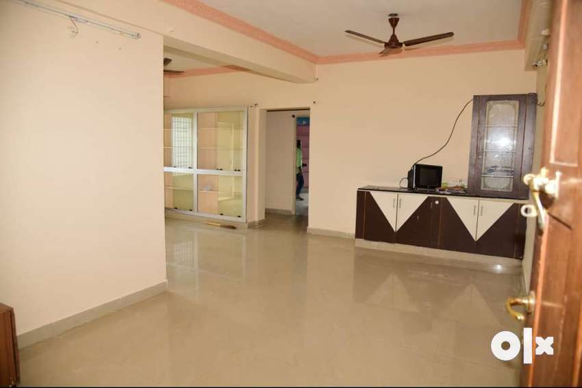 A spacious and well ventilated 2 BHK apartment in Balasamudram 0