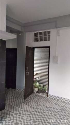 1BHK , 24 hours water n Electricity