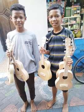 Gitar Kentrung polos putih